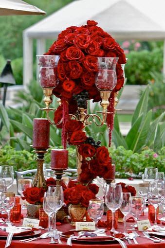 Rich, Deep Colors are a Wedding Trend