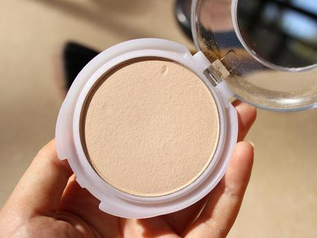 CoverGirl TruBlend Translucent Pressed Powder | Close Drugstore Dupe for MAC MSF Natural