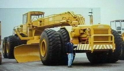 the largest earth moving grader ever made, the ACCO Grader