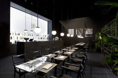 Cafè-Trussardi-Agnese-chair-Cafè-table-and-Cherries-light
