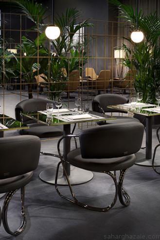 Cafè-Trussardi-A-Round-armchair-Cafè-table-and-Cherries-light