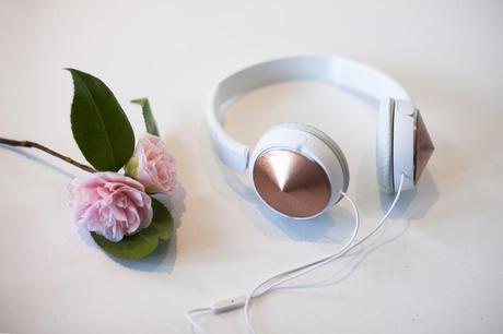 DIY-frends-headphones-1
