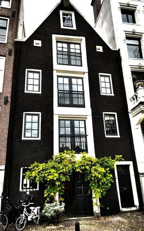sash-windows-black-exterior