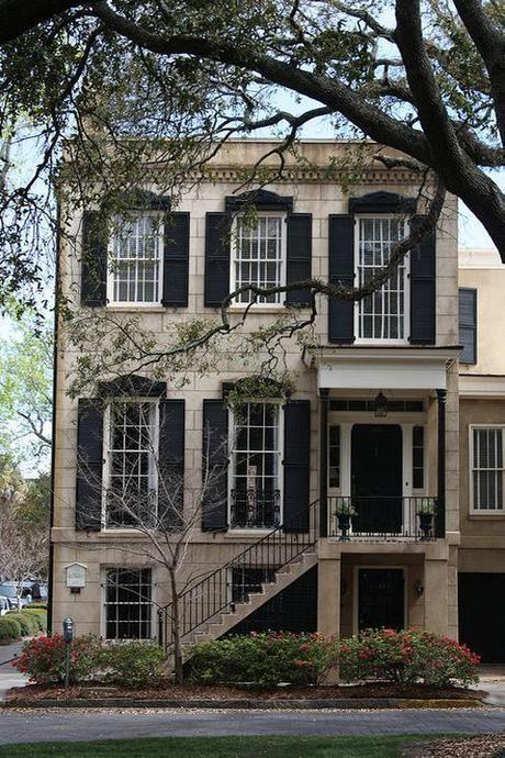 sash-windows-limestone-mansion