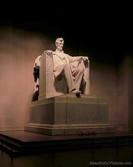 Lincoln Memorial © 2004 William Lawrence