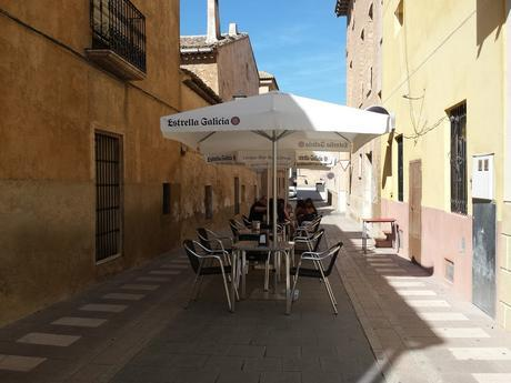 Side street cafe with no english menu in Pinoso