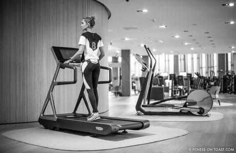 Fitness On Toast Faya Blog Girl Gym Healthy Workout Nutrition Fashion Training Sport Technogym Italy Wellness Campus Mywellness Lifestyle Treadmill Cross Trainer Weights Blogger Trip Machines Italy Cesena Bologna Travel-16