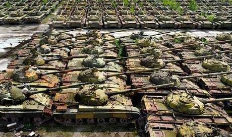 Russian tank graveyard found by a young guy with a camera