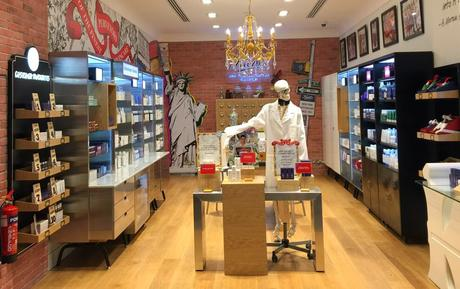 Shout Out Of The Day: Kiehl's Opens Second Stand Alone Store In Mercato Mall