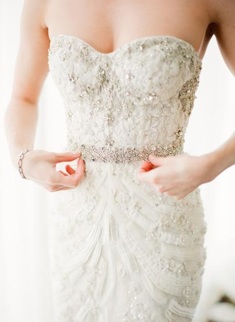 What You Really Need To Know (But Nobody Tells You) About Wedding Gown Shopping