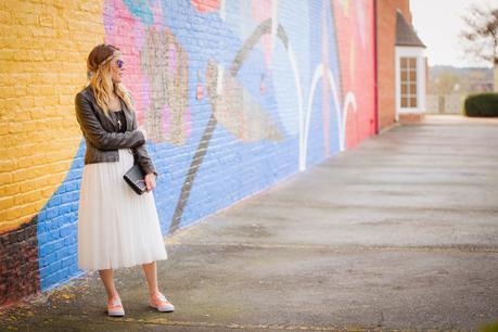 Spring trends: mixing high fashion and casual footwear