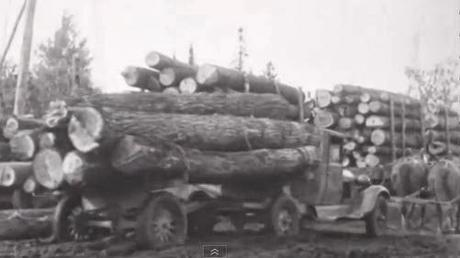 Packard video about getting the wood for the body structure... from where I was born and raised, the Upper Penninsula of Michigan