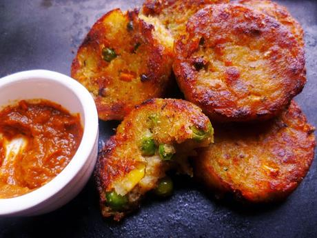 indian spiced potato cutlets (aloo tikki)
