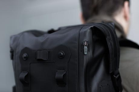 61f9c008f919 Black Ember Modular Urban Backpack - Paperblog