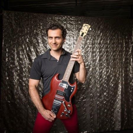Dweezil Zappa: Interview in The Daily Times