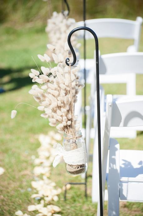 A Rustic Northland Beach Wedding by Emma Rogers Photography