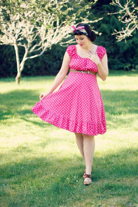 Pink polka-dots and a headscarf | www.eccentricowl.com
