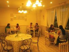 Dove Street: Gourmet Food, Elegant Ambiance, Friendly Prices