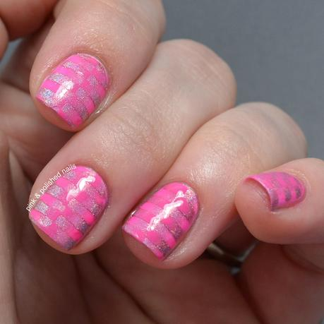 Reciprocal Checkerboard Gradient Nails