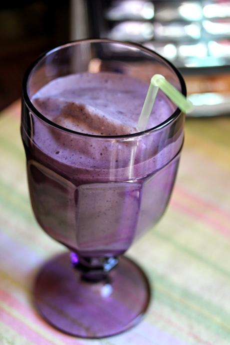 Oatmeal Berry Smoothie with Cocozia 100% Organic Coconut Water Ice Cubes