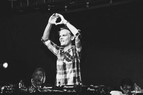 Avicii & NERVO You're Gonna Love Again