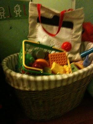 Parenting Thursday: Organizing the Playroom