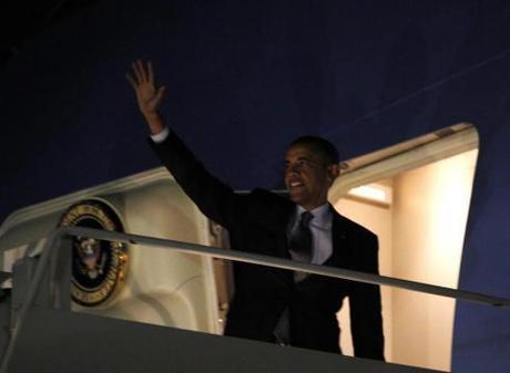 President Obama leaves Chicago's O'Hare International Airport on Wednesday, Jan. 11, 2012. Photo: Haraz N. Ghanbari / AP.