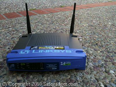 Linksys wireless router, Linksys router, WRT54G