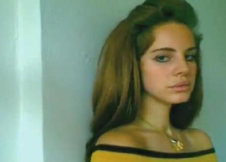 Lana Del Rey's performance on 'Saturday Night Live' slammed by critics