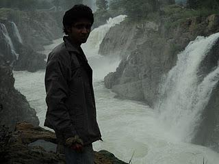 45) Hogenekkal waterfalls- - the forest ride: (3/11/2011)
