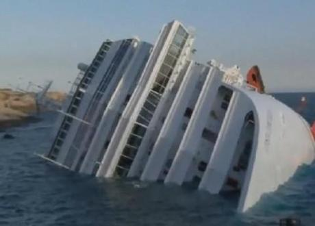 Costa Concordia cruise ship disaster: Captain becomes hate figure after allegedly abandoning ship