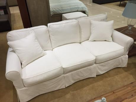 sweet white sofa cover   {the New} Home Sweet Home - Paperblog