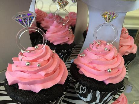 Put A Ring On It Cupcakes