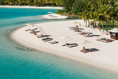 "The TOP 8 Islands in the South Pacific to Honeymoon (or even say ""I do""!)"