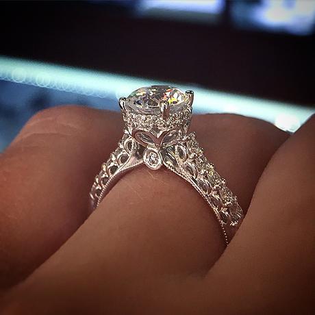 Verragio Classico Engagement Ring
