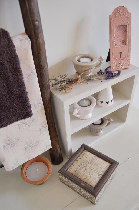 Bed & Bath Range Teacup tealight ~ £3.95 each Hanging White Bell with Hearts ~ £2.95 each Vintage Style Pink Photo Frame ~ £4.95 Jewellery Box ~ £8.95