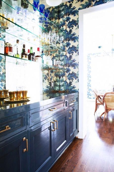 brass-and-navy-kitchen-Taylor Jacobson