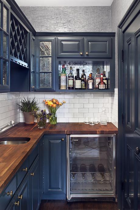 brass-and-navy-kitchen-blair-harris