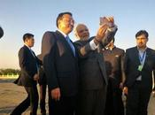 Narendra Modi with Chinese Premier Keqiang Selfie