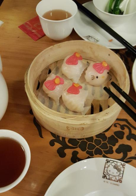 Daisybutter - Hong Kong Lifestyle and Fashion Blog: Hello Kitty Chinese cuisine restaurant, HK foodies, Yau Ma Tei food recommendations