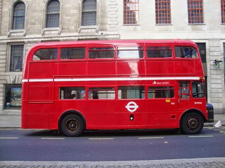 In & Around London… #London In Red