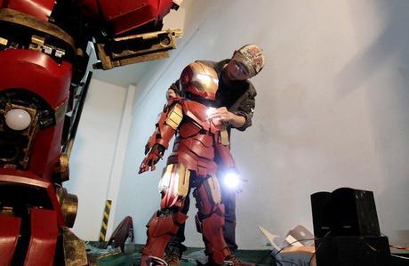 life-size-hulkbuster-4
