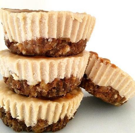 Friendly Fig - No-Bake Cookie Butter Cashew Cheesecakes