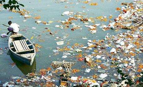 We Need @CoorsLight In India For Refreshing Yamuna And Other Rivers