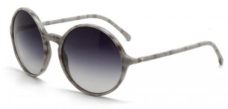 Rounded design with extra slim temples and light marbled frame (model 5279, Signature Line)