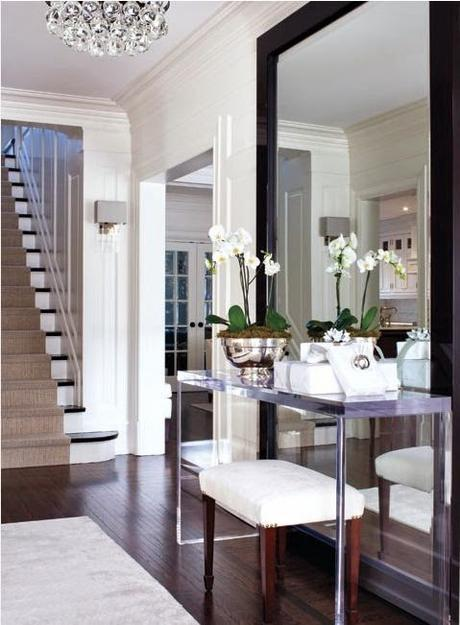 Enviable Summer Entryways and Foyers