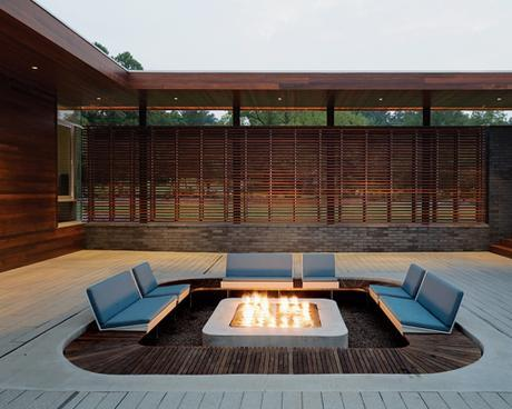 Montage: 16 Modern Patios With Fire Pits