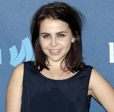mae-whitman-24th-annual-glaad-media-awards-01