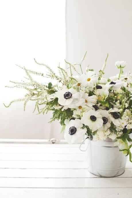 white-anemone-arrangement
