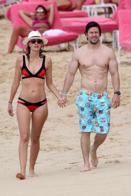 Celebrity Beach Fashion in May 2015